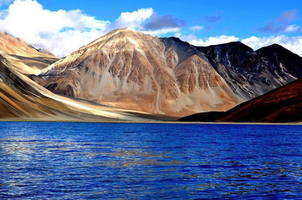 Pangong Lake most beautiful lake in ladakh-Go2ladakh