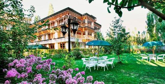 hotel-caravan-centre (1)