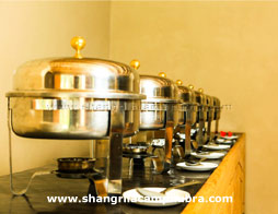 nubra-shangri-la-camp-buffet-area