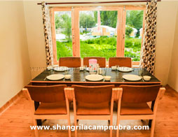 hunder-shangri-la-camp-dining-area