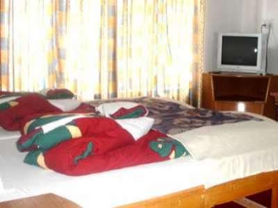 room2 lamayuru