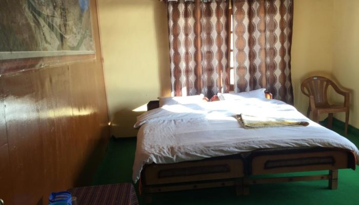 Guest-House-Tsomoriri-Grand-Dolphin27-700x400