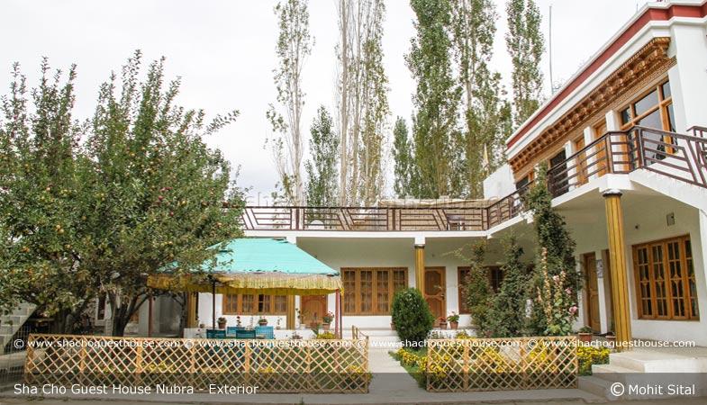 sha-cho-guest-house-ladakh