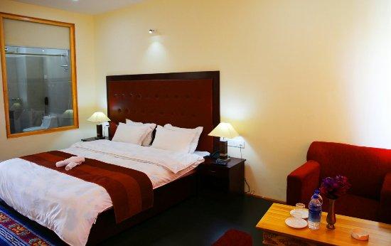 hotel-ladakh-imperial